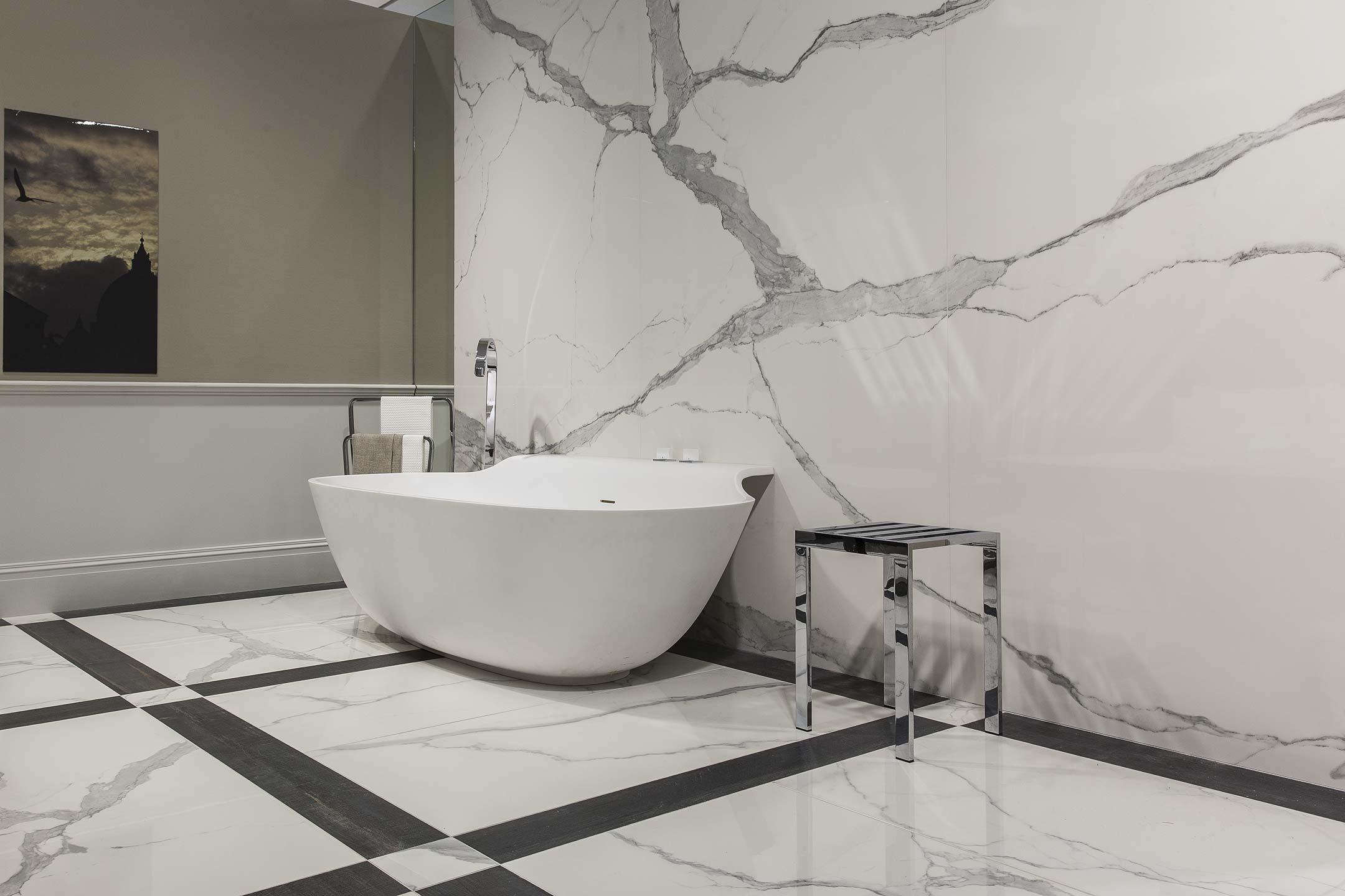 Grote Frisse Badkamer : Badkamertegels vloertegels